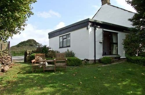 Last Minute Cottages - Luxury Hope Valley Cottage S3658