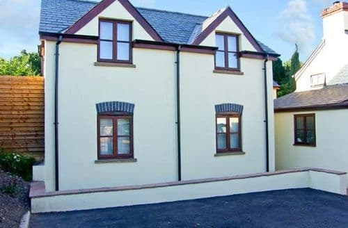 Last Minute Cottages - Captivating Chepstow Cottage S5353