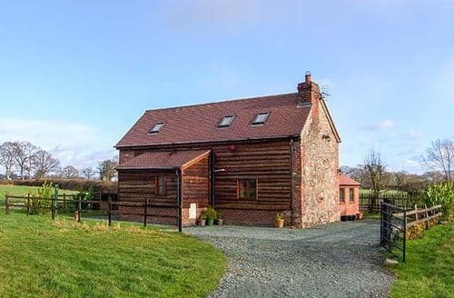 Last Minute Cottages - Excellent Oswestry Cottage S2381