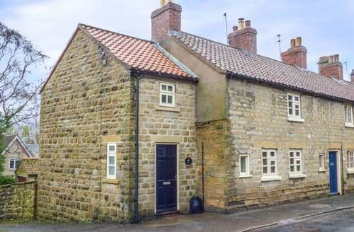 Last Minute Cottages - Inviting York Cottage S3753