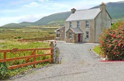 Last Minute Cottages - Luxury  Rental S5474