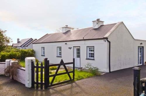 Last Minute Cottages - Quaint  Mac's S5476
