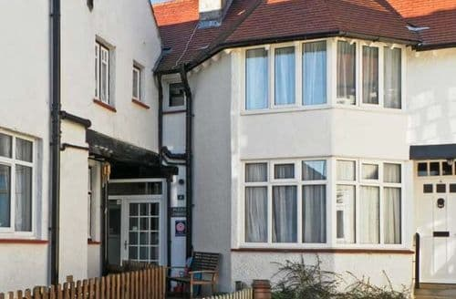 Last Minute Cottages - Wonderful Whitby Corner S3768