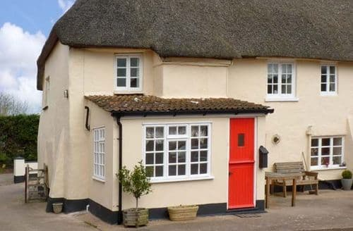 Last Minute Cottages - Lovely Exeter Cottage S2434