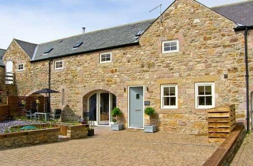 Last Minute Cottages - Old Byre