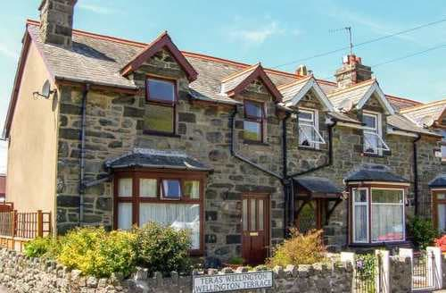 Big Cottages - Delightful Barmouth Rental S5660