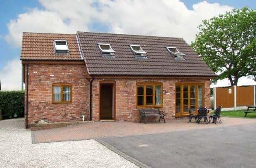 Last Minute Cottages - Quaint Sutton In Ashfield Lodge S3920