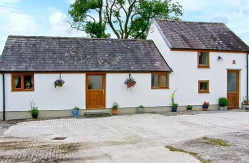 Last Minute Cottages - Hafod-y-Ddraig