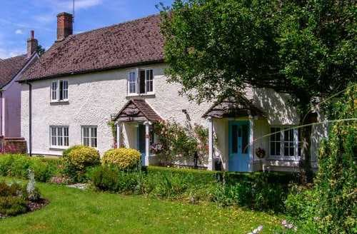 Last Minute Cottages - Cosy Salisbury Cottage S4019