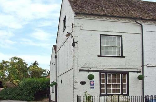 Last Minute Cottages - Delightful Bewdley House S2635