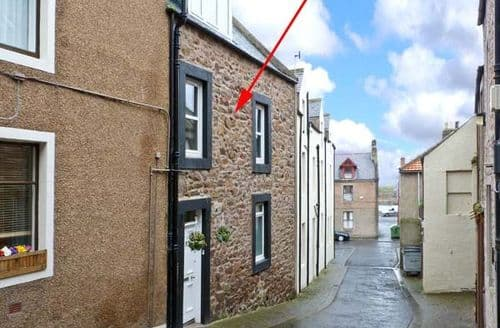 Big Cottages - Gorgeous Eyemouth Rental S5893