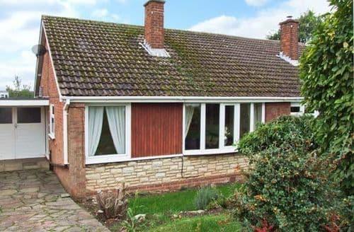 Last Minute Cottages - Gorgeous Wolverhampton View S2658