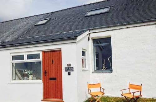 Last Minute Cottages - Lovely Pwllheli Eifl S6005