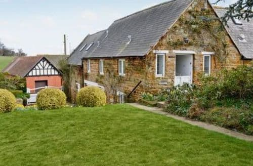 Last Minute Cottages - Beautiful All Northamptonshire Cottage S16707