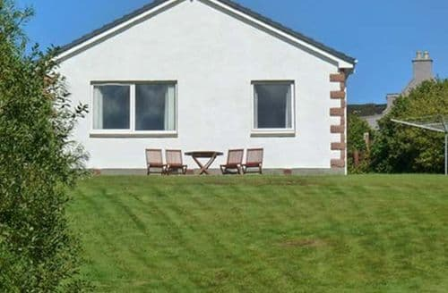 Last Minute Cottages - Superb Achnasheen Bungalow S6033