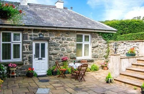 Last Minute Cottages - Beautiful Dolgellau Cottage S9233