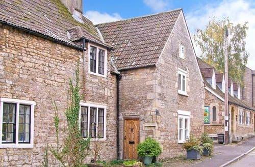 Last Minute Cottages - Quaint Frome Cottage S2756