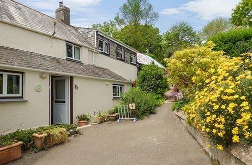 Last Minute Cottages - Wonderful Morval Cottage S33774