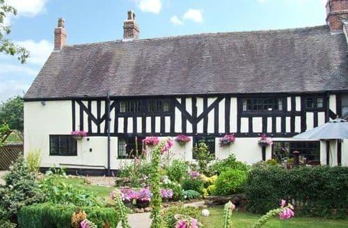 Last Minute Cottages - Adorable Stoke On Trent Farm S4363