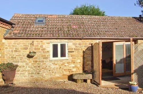 Last Minute Cottages - Inviting Market Harborough Cottage S2814
