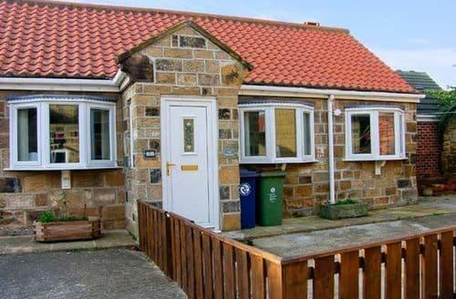 Last Minute Cottages - Captivating Redcar Stables S4456