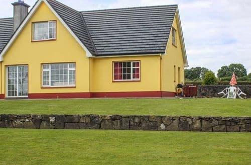 Last Minute Cottages - Quaint Roscommon Cottage S27089