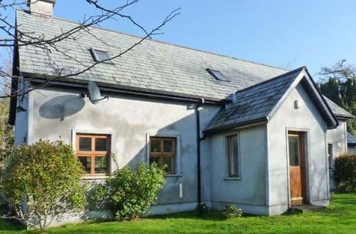 Last Minute Cottages - Luxury  Cottage S6470