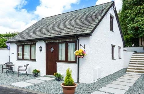 Last Minute Cottages - Inviting Windermere Cottage S9094