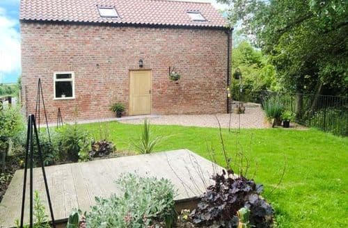 Last Minute Cottages - Holly Brook Barn