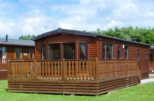 Last Minute Cottages - Lovely Tewitfield Lodge S6846