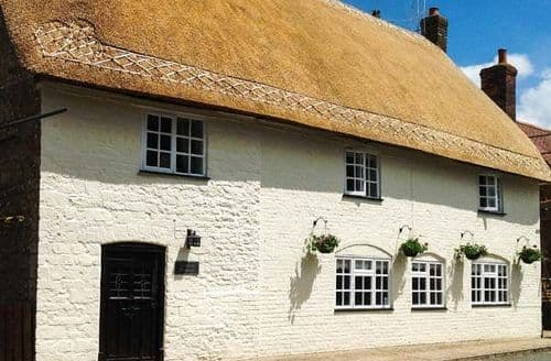 Last Minute Cottages - Netherway Farm House