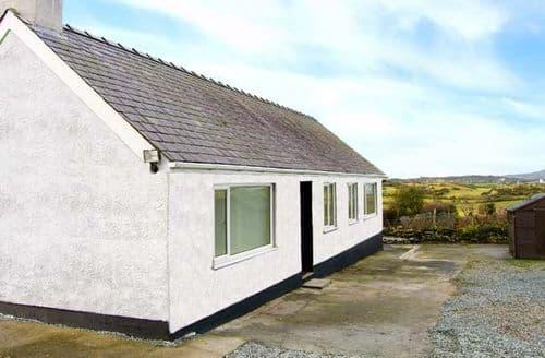 Big Cottages - Cerrig-yr-eirin
