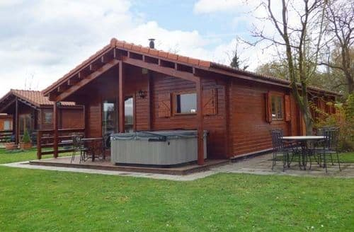 Last Minute Cottages - Adorable Tattershall Lodge S12988