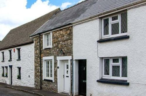 Last Minute Cottages - Castle Cottage