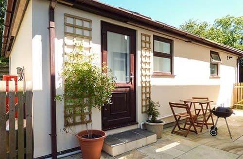 Last Minute Cottages - Luxury Tywardreath Lodge S37107