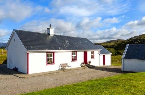 Last Minute Cottages - Luxury Donegal Cottage S41131
