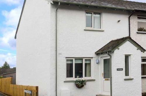 Last Minute Cottages - Beautiful Flookburgh Cottage S37954