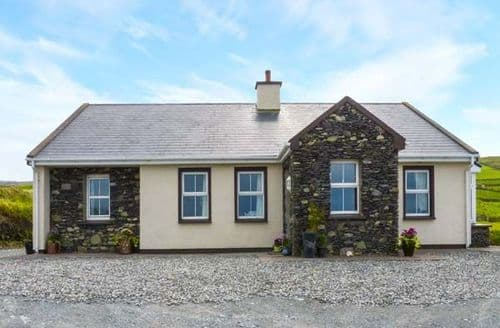 Last Minute Cottages - Excellent Caherciveen Cottage S33782