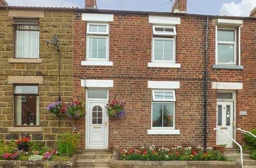 Last Minute Cottages - Quaint Moorsholm Cottage S37938