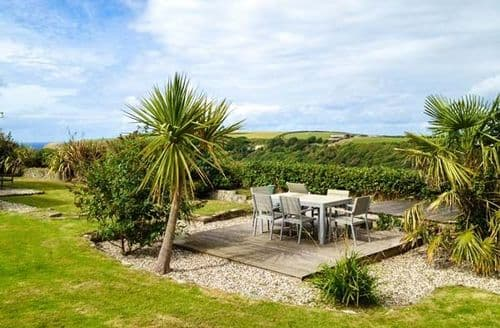 Last Minute Cottages - Luxury Crackington Haven Cottage S37935
