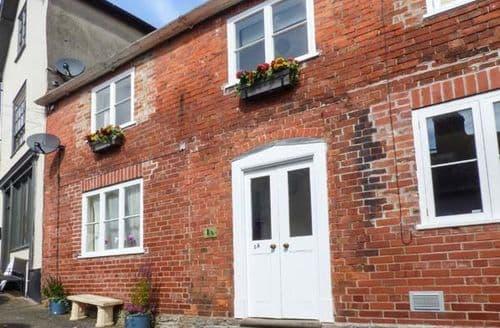 Last Minute Cottages - Splendid Knighton Cottage S40344