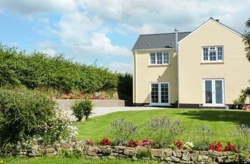 Last Minute Cottages - Charming Eastleigh Cottage S40526