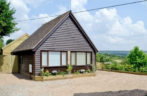 Last Minute Cottages - Adorable Ledbury Lodge S16955