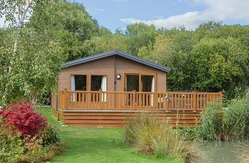 Last Minute Cottages - Adorable Tattershall Lodge S41132
