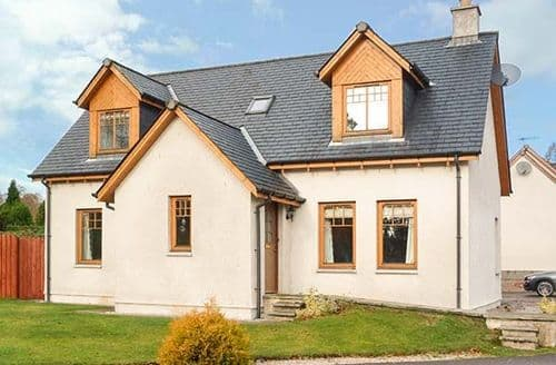 Big Cottages - Captivating Newtonmore Cottage S43088