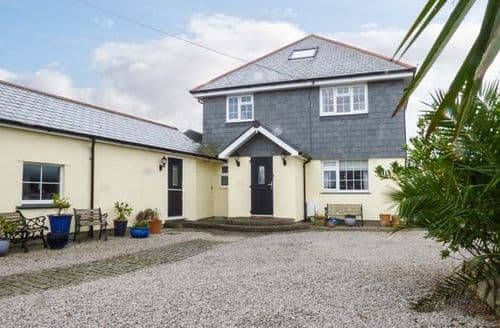 Last Minute Cottages - Chy An Huder