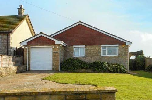 Last Minute Cottages - Charming West Bexington Cottage S44557