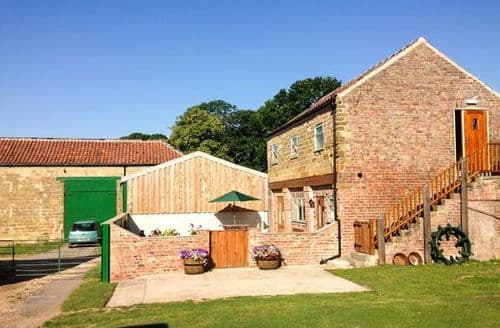 Dog Friendly Cottages - Highthorne Farm Holiday Cottage