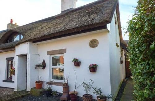 Last Minute Cottages - Stunning Pilling Cottage S49643