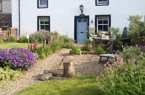 Last Minute Cottages - Wetherell House